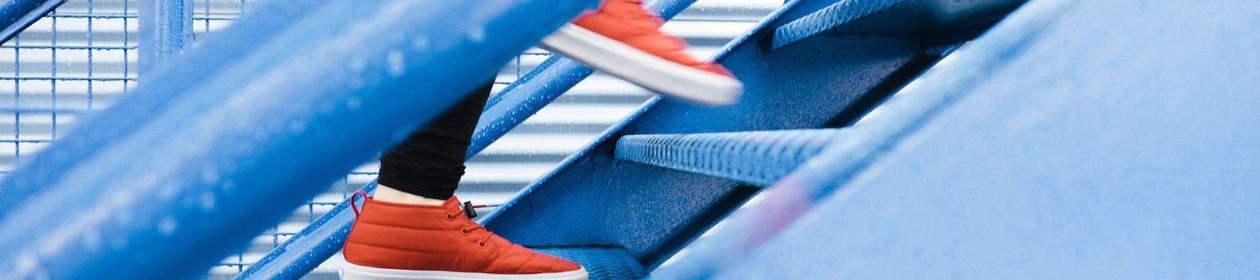 Source: https://pixabay.com/photos/steps-staircase-climbing-1081909/