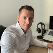 Profile picture for user Stéphane Mori