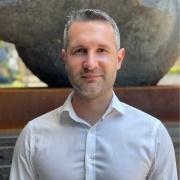 Profile picture for user Roman Lobus